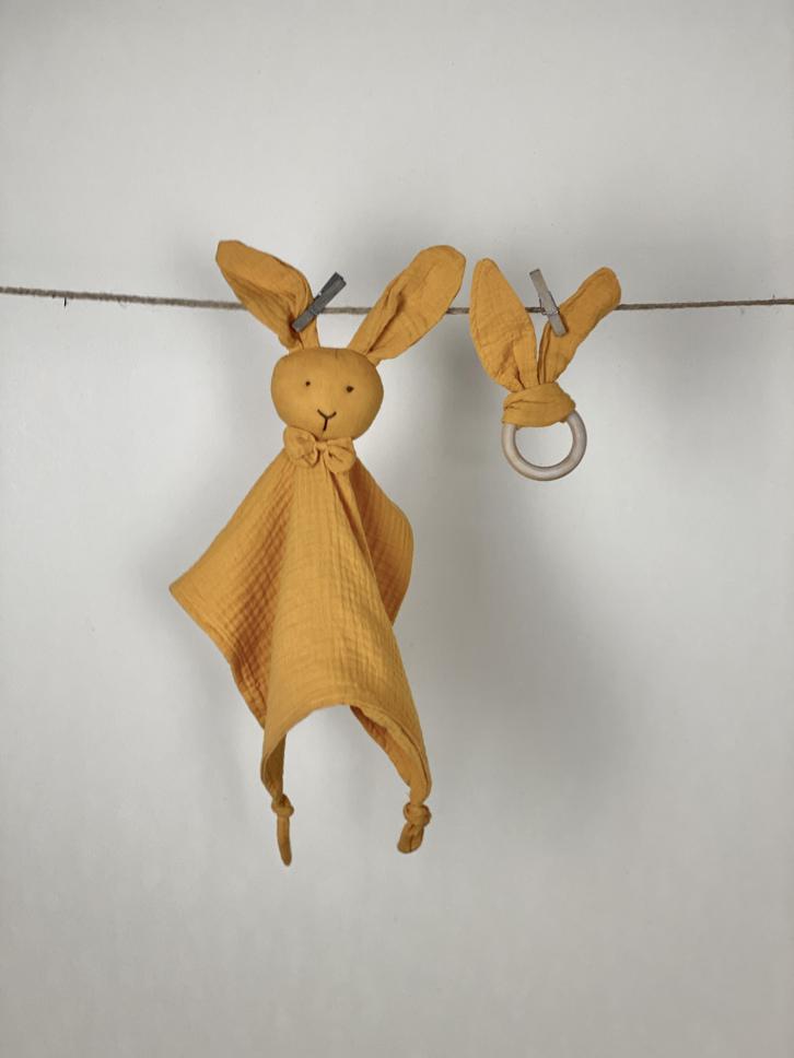 Schmusetuch mit Beißring Set Hase senf