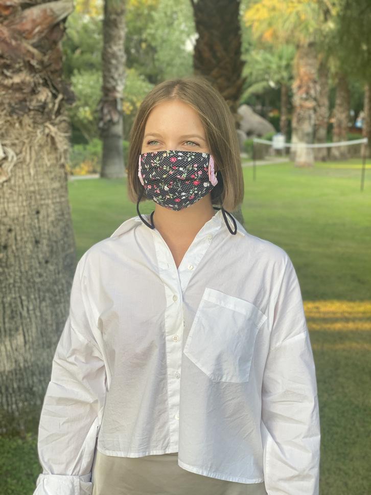 Herzilein Stoffmaske Woman Fleur schwarz