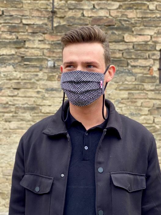 Herzilein Stoffmaske  Men schwarz kariert