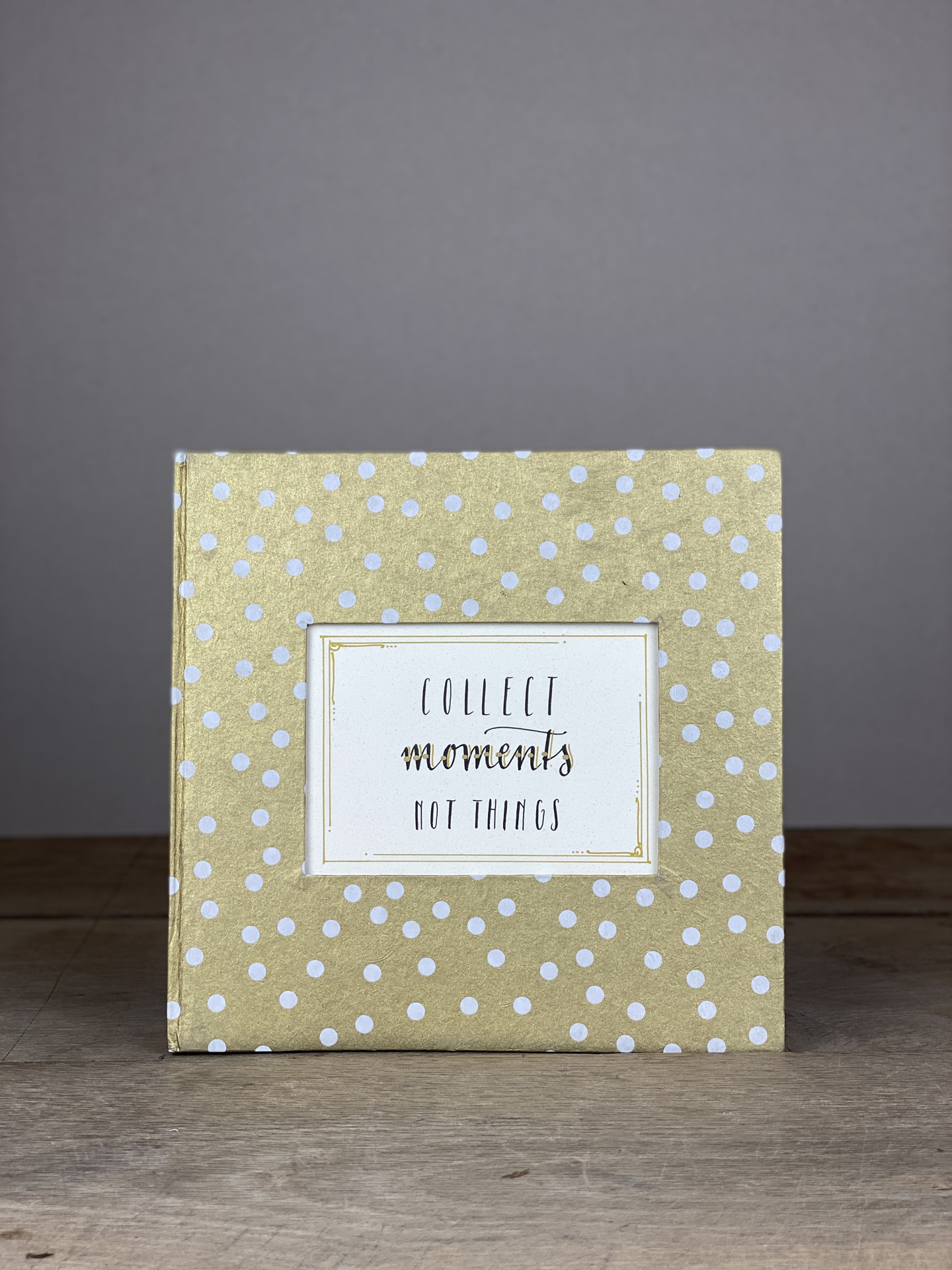 Album Hardcover Quart gold/weiß Dots