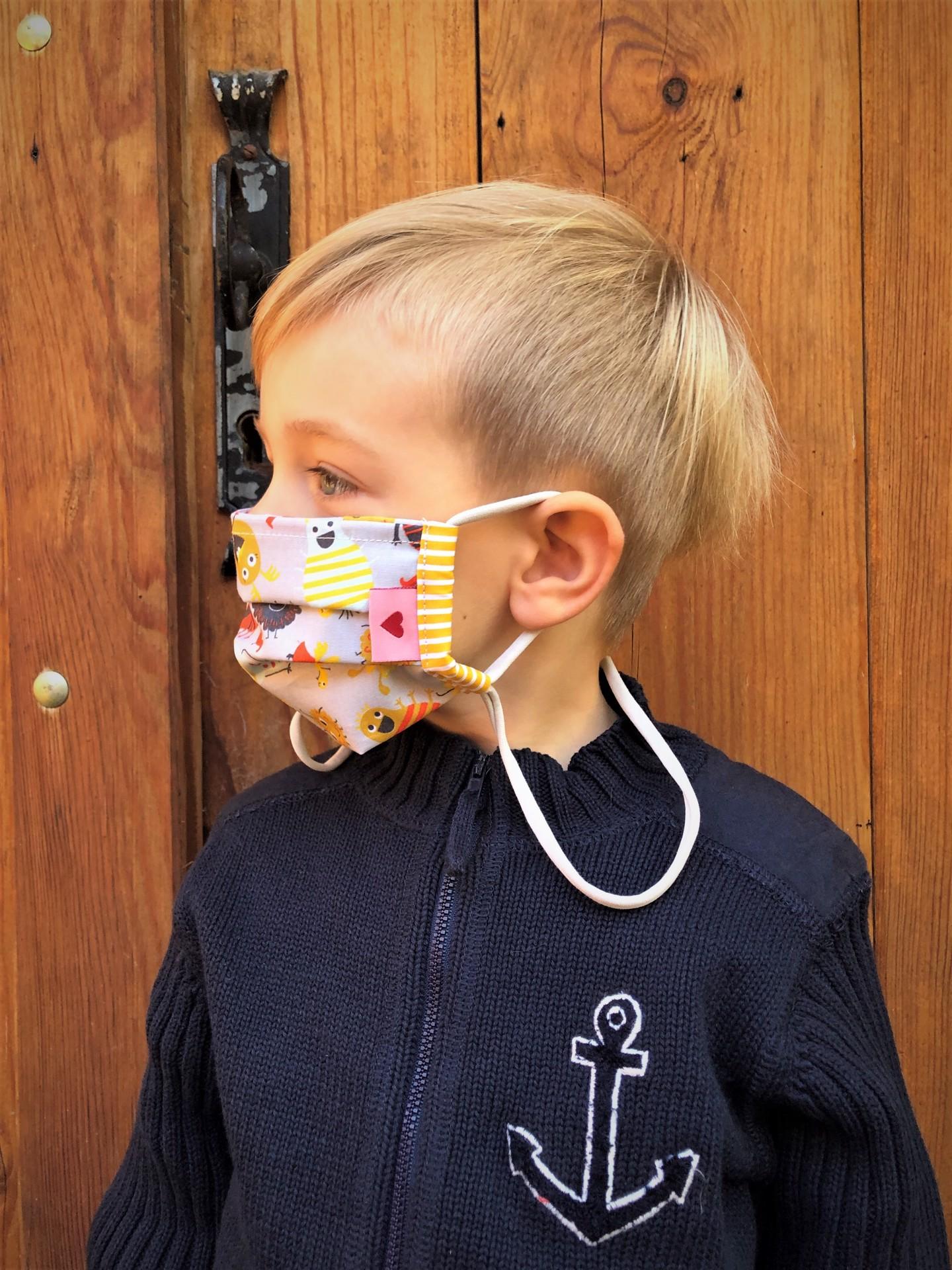 Kindermaske  kleines Coronamonster