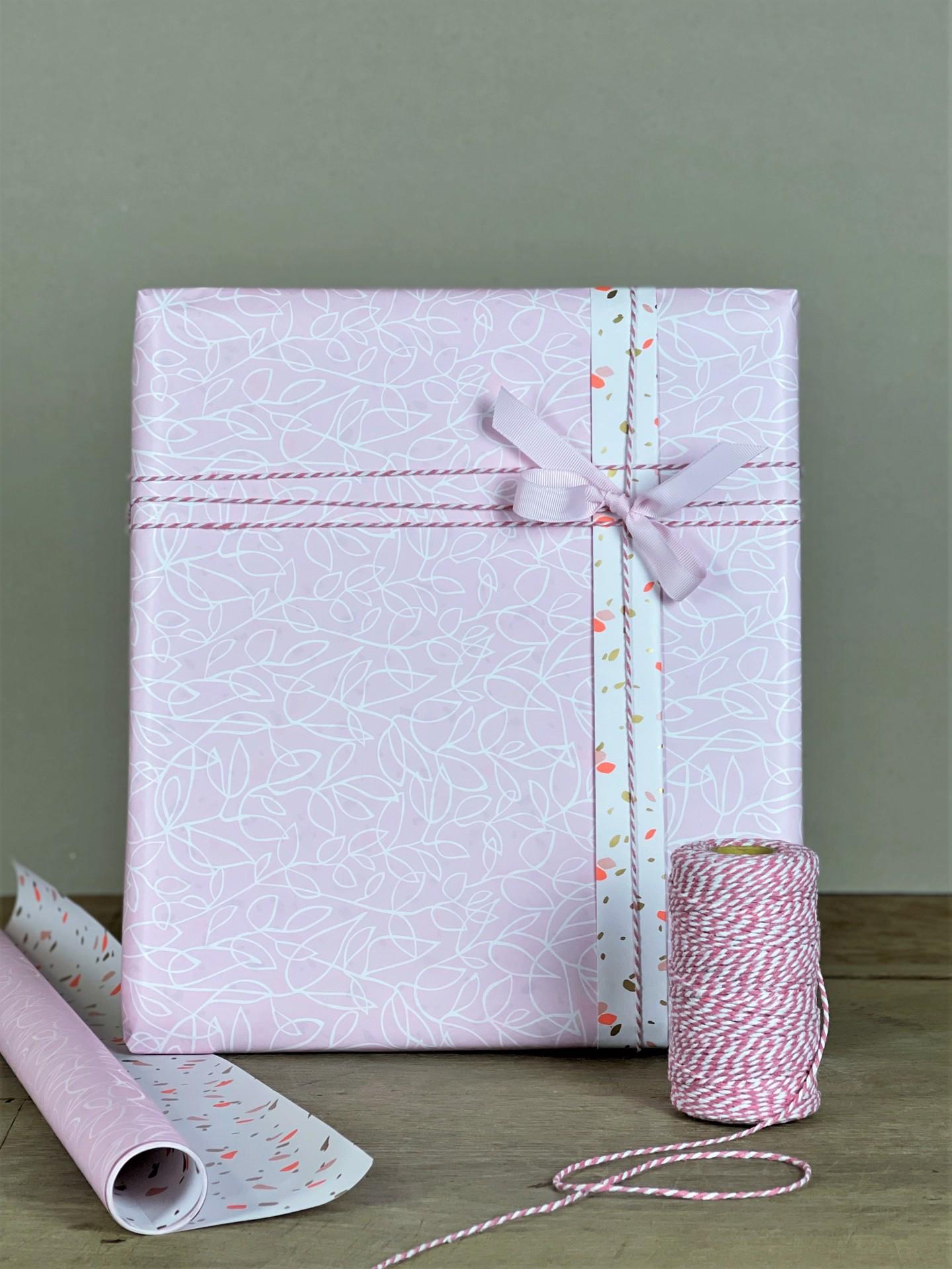 Geschenkpapier doppelseitig rosa/weiß Blätter
