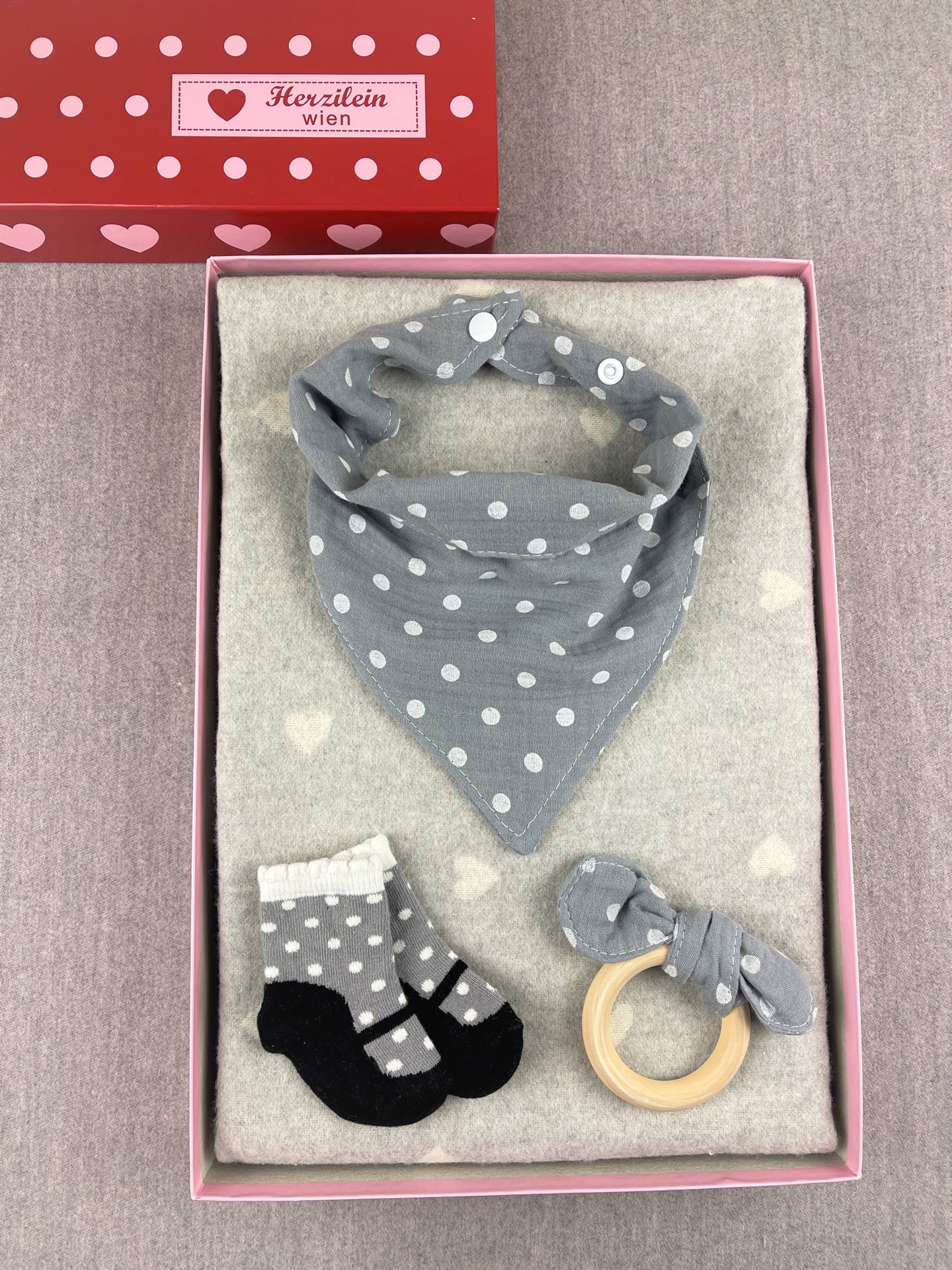 Geschenkbox Set No. 34 Herzen grau dots