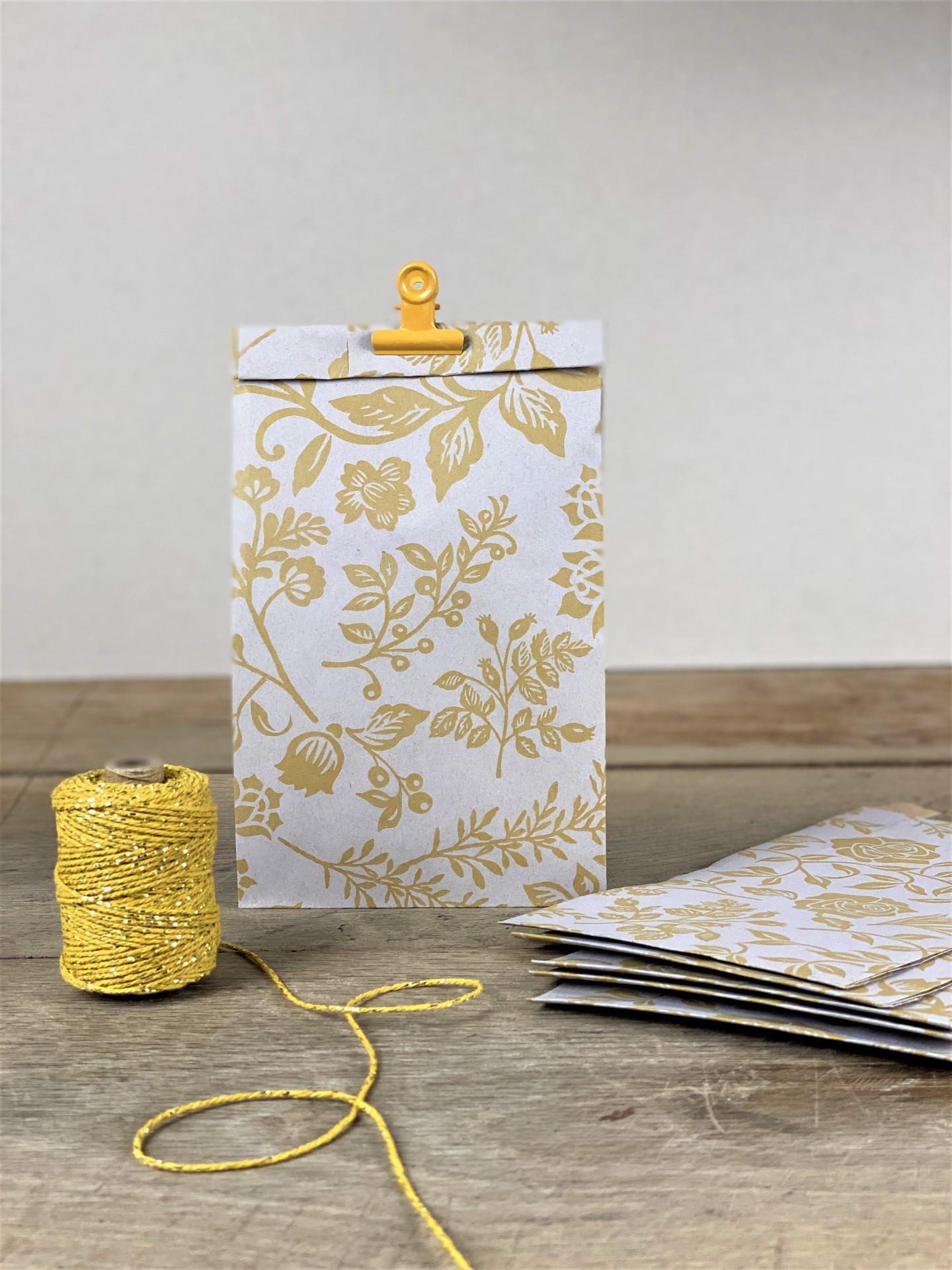 Geschenktüte Seitenfalter floral gelb 5er Set