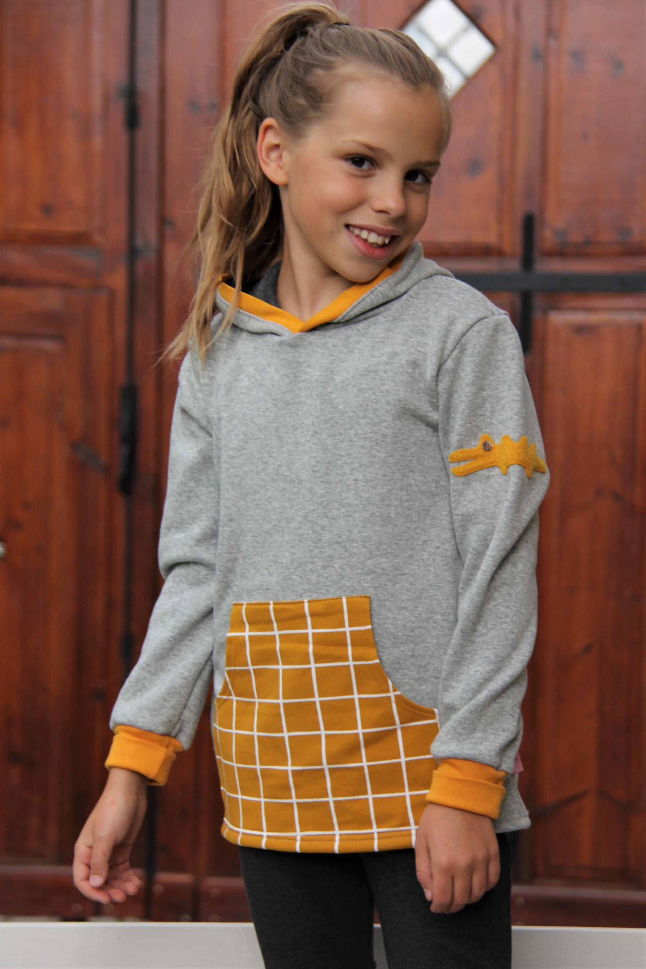 Pullover Krokodil grau/gelb