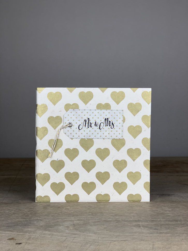 Album Softcover Tag  QuartMr & Mrs gold/weiß Herzen