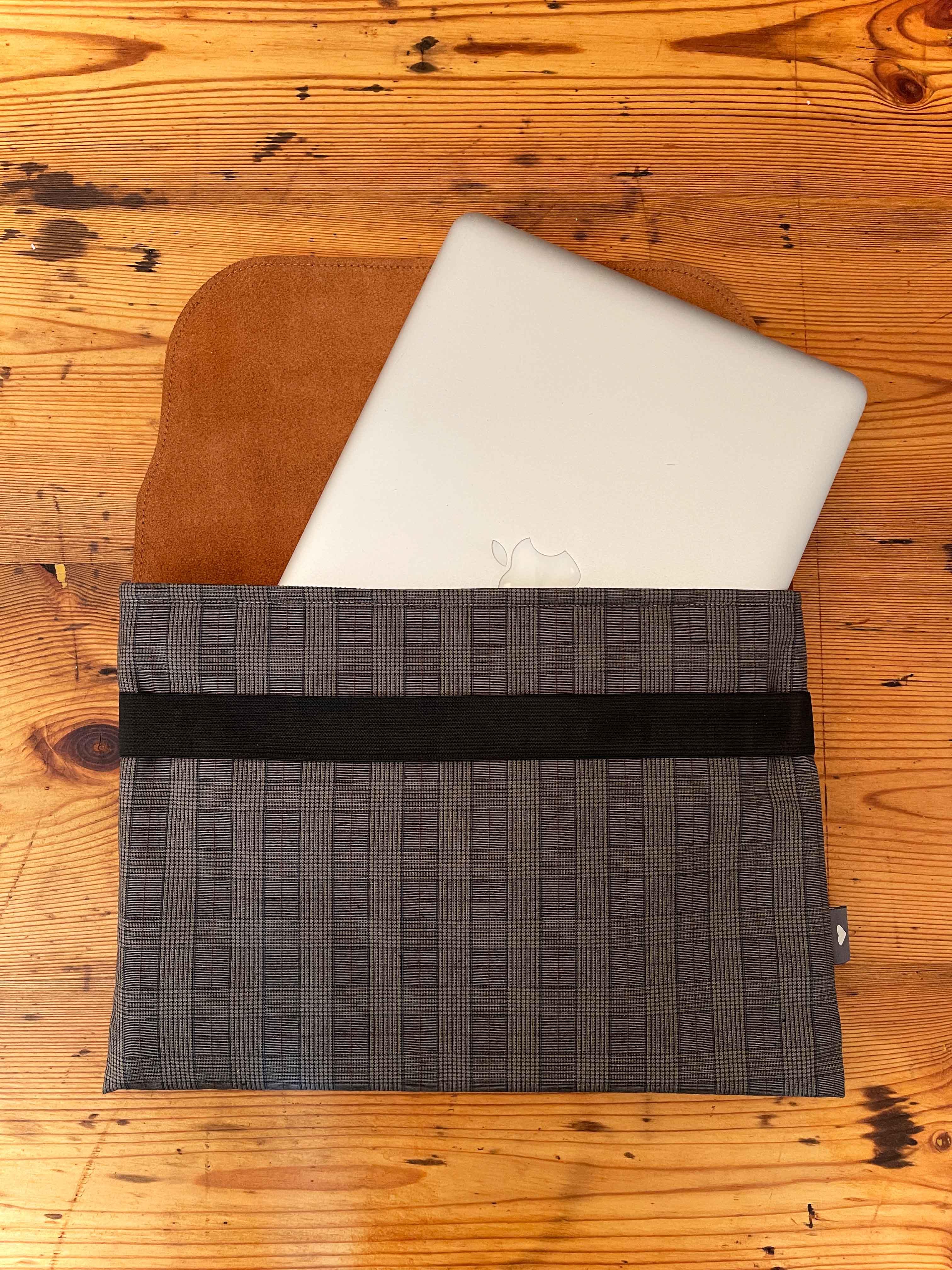 Laptoptasche Leder mit Stoff braun