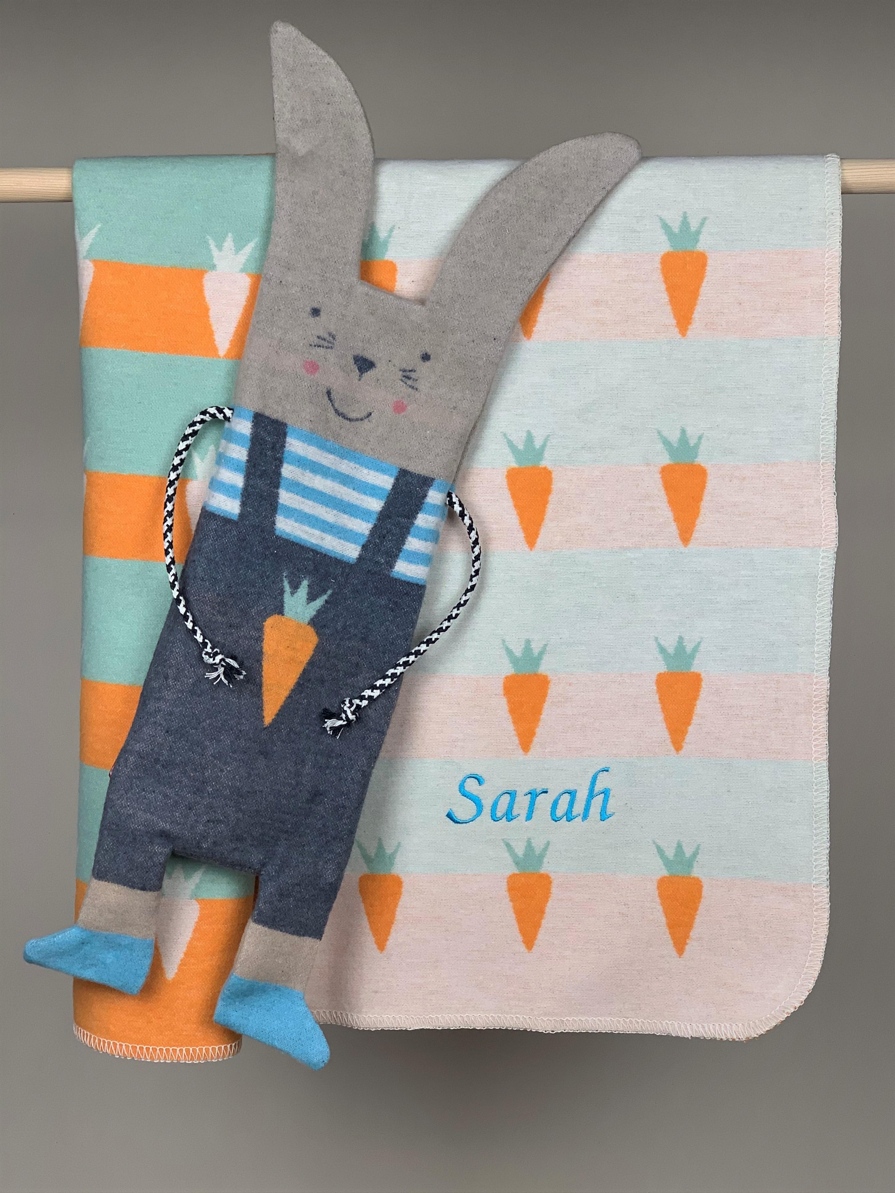 Babydecke No. 13 Hase mit Karotte