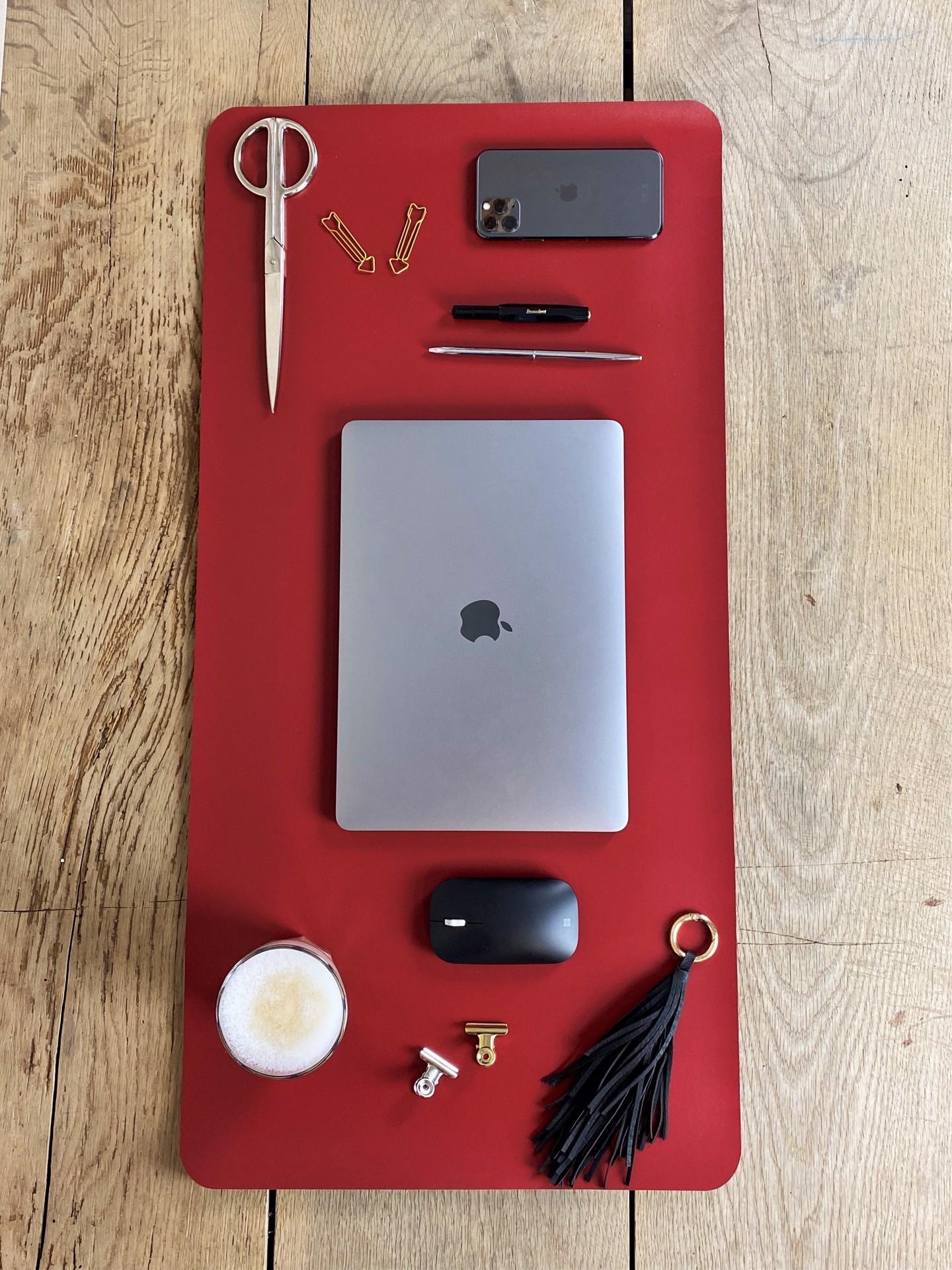 Schreibtischunterlage rot/schwarz