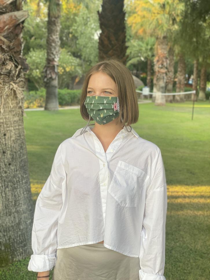 Herzilein Stoffmaske Woman Hirsch grün