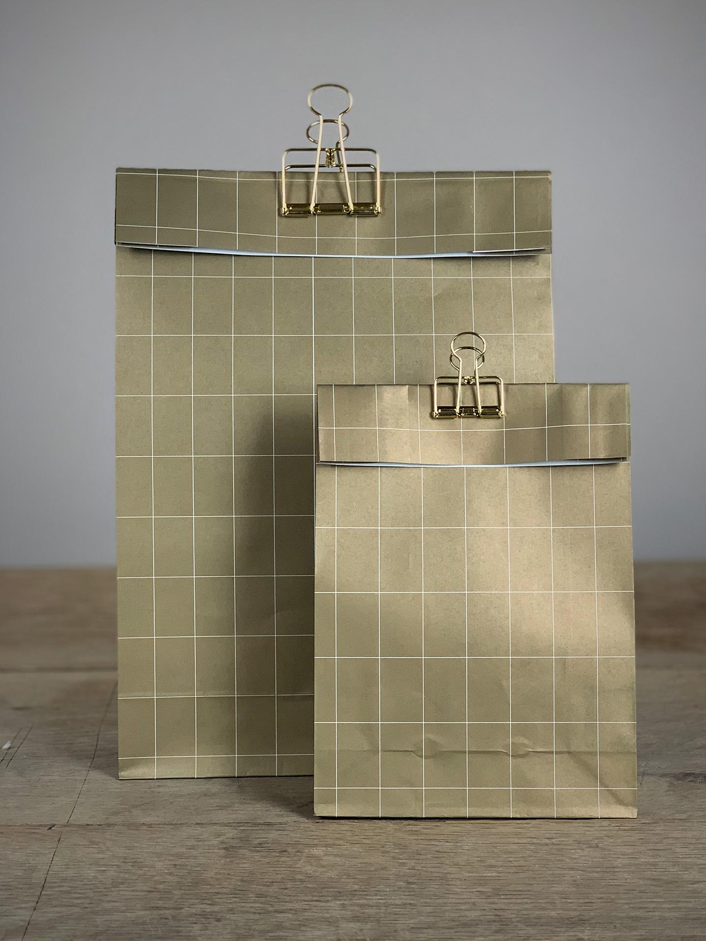 Geschenktüte Boden Set/5Stk. kariert gold/weiß