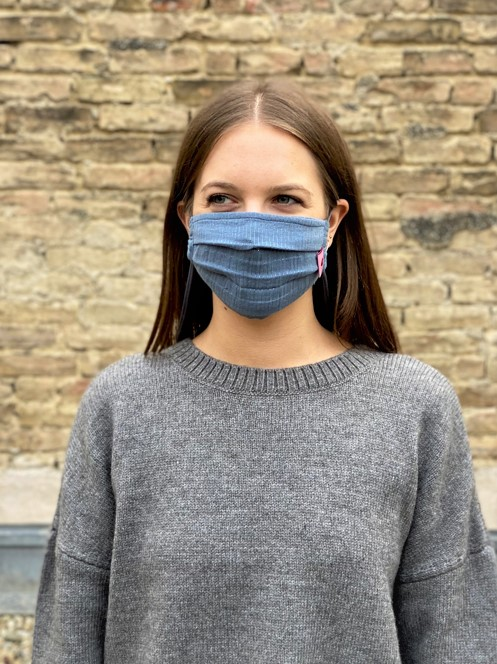 Herzilein Stoffmaske Woman dunkelblau glitzer